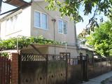 Внимание отличный 2-этажный  дом в Кишиневе-Н.Скиносы , недалеко от  трассы,178м2