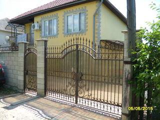 Продается  дом - дача с бассейном в районе скинос (Телецентр).