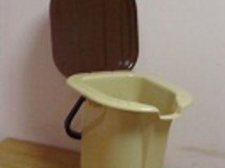 Ведро-туалет, унитаз-ведро для инвалидов емк. 19 литров, нагрузка до 120 кг