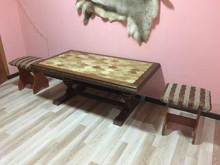 Masa din lemn natural!красивый и качественный стол ! настоящее дерево!срочно!