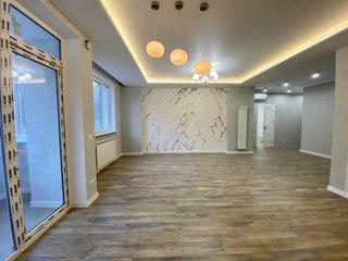 Apartament cu 3 dormitoare + living, Exfactor, euroreparație, 1000 euro/mp cu mobilier