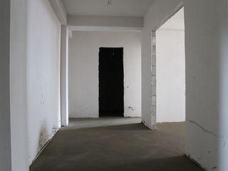 Vind ap. cu 2 cam+salon , 64m2, autonoma, bloc nou, N. Costin, parc.