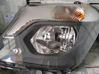 Фара, фары Mercedes Sprinter w906 , fara,  faruri mercedes, optica .Producator  Hella !