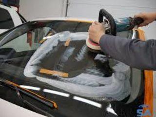 Paleta de parbrize și mașini laterale din sticlă