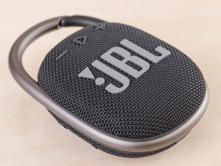 JBL Clip 4 - цепляй звук к себе! Жми!
