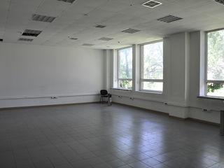 Сдаются офисы площадью 37м2-120 м2 на Гиочеилор!Первая линия!ВДНХ!