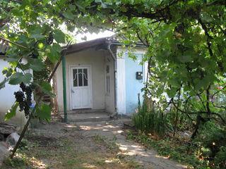 Vind casa in Telenesti cu teren 15 ari 10000€