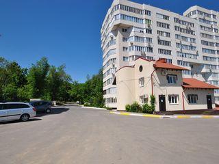 Spațiu, în rate,3 nivele, 4 birouri, bucătărie, încălzire autonomă, parcare, reparație, zonă de parc