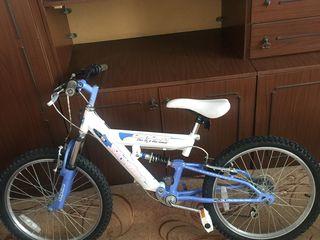 Biciclete pentru copii roti la 20 din Germany  Recent aduse sint in stare noua  90€ bucata.