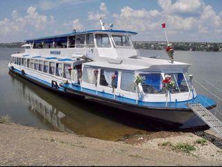 Экскурсии на туристическом теплоходе/ Excursii cu nava pe râul Nistru