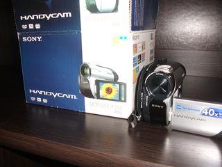 vind camera video noua Sony handicam digitala-50 euro