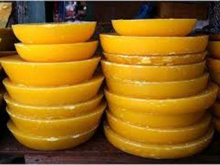 Куплю пчелинный воск 135лей /кг