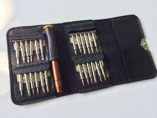 Набор отверток 25 штук в чехле .для телефонов и электроники