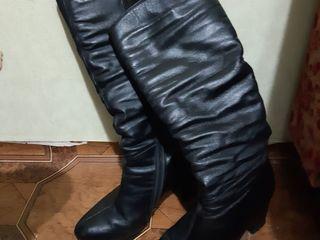 Женские сапоги размер 38.