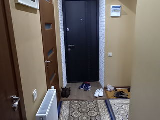 Apartament cu doua camere în or. Biruința