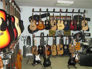 """У нас для гитар есть все ! Музыкальный салон """" Nirvana""""!"""