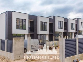 Durlești ! Townhouse , 2 nivele - 3 camere, 140 mp + 40 mp subsol!