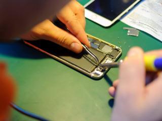 Reparatiea telefanelor si calculatoarelor de diferita dificultate Expert GSM