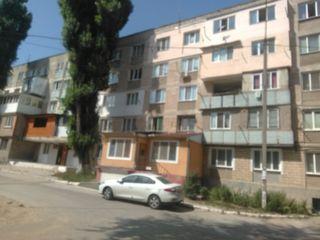 Vânzare cameră cu comodități 16 mp, Buiucani, 11400 euro!!!