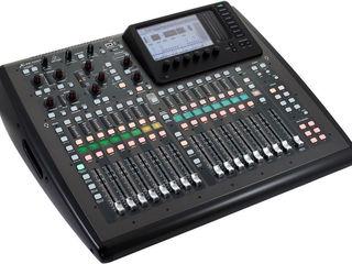 Mixer digital Behringer X32 Compact. livrare în toată Moldova,plata la primire