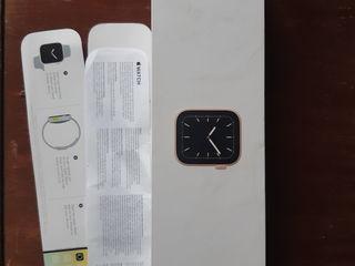 коробка от Apple watch 5gen с оригинальной зарядкой
