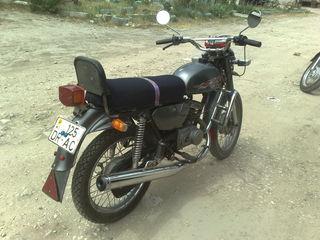 Honda leaad