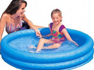 Vind piscine gonflabile pentru copii!