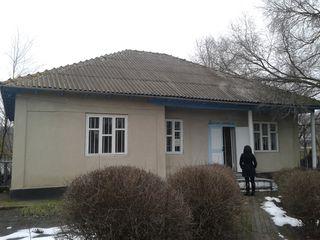 Продам здание аптеки 136 кв.м. в г. Чадыр-Лунга, село Баурчи