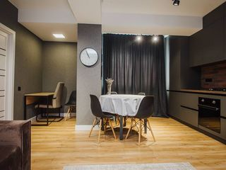 Apartament cu 2 camere+living si  design individual  str.Carierei (Circ)