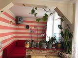 Уютная светлая квартира 4/5 стелуца