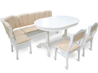 Cтолы и стулья из натурального дерева S.A. Fabrica de mobila Viitorul,