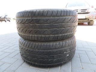 Vind 2 cauciucuri Dunlop 275/55 R17 / 1.500 lei ambele