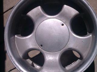 резина диски R15 R16 есть для 4Х4 R15