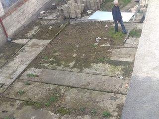 Сдаю площадку 300 квм. Ботаника