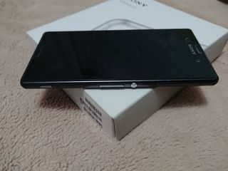 Sony Xperia Z3 + accesorii optional