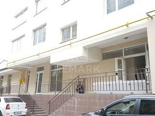 Chirie, spațiu comercial, Centru, Albișoara, 86 mp, 700 € Negociabil!