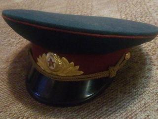 Фуражки офицерские Внутренних Войск СССР, РМ