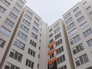 Vând apartament cu 2 odăi-66m2, str. Sprîncenoaia, sec. Telecentru,