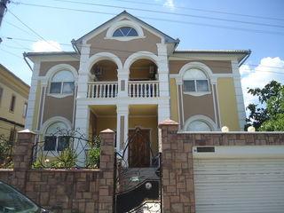 """Продается 2-х этажный дом """"Поле Чудес"""", евро ремонт, мебель, 170000евро. Торг"""