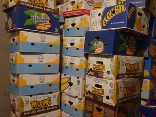 Vind cutii de banane