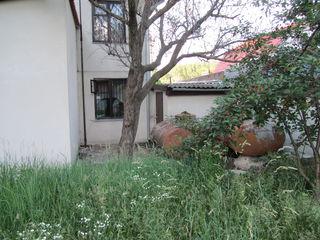 Дом у Днестра с сауной, бассейном и французским камином.
