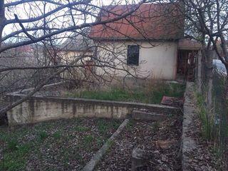 Vind teren 6 ari or.Codru (Chișinău)