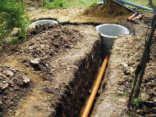 Копаем .Канализация септик WC(туалет) доставка и установка  железобетона быстро.