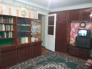Продается 2 х комн квартира на 1 этаже