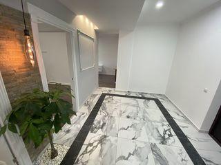 Spre vinzare un apartament superb in casa de lux! 2 odai+living! Proprietar! Riscanovka-Centru!