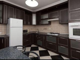 Apartament cu 2 camere 80 m2