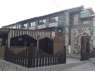 Vând cafenea, club, saună în stare ideală poate fi folosit și ca casă de locuit cu 2 nivele.