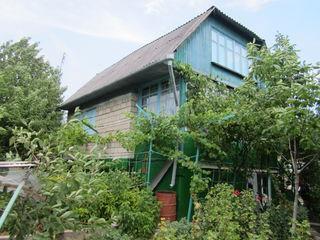 Продается 2-х этажный Котельцовый Дом ! Комуна Трушень . 15 км от Кишинёва !