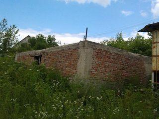 """Недорого земельный участок с незавершенным строительством, """"Стругураш"""" (Дурлешть). Торг уместен"""