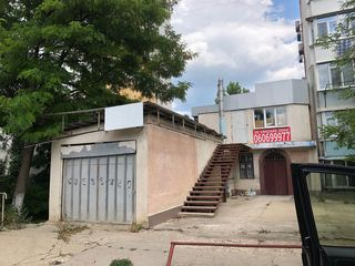Spațiu comercial! Ciocana, str. Sadoveanu, 350 m2 si 4 sote de pamint